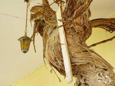 alles is oud in het klooster van Myriokefala