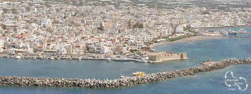 de omgeving van de stad Ierapetra staat vol met broeikassen van paul kuipers
