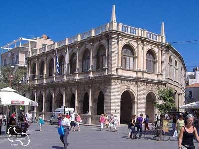 mooie Venetiaanse Loggia in het centrum van de stad