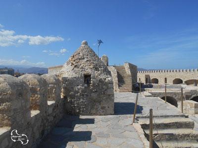 wandel rond in het haven fort van Heraklion