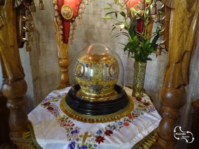 binnen in de Agios Titus kerk - bijzondere kunst objecten