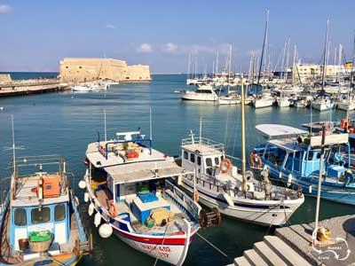 wandel door de hoofdstad van Crete en geniet van de informatie