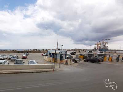 de parkeerplaats in de haven, waar de route begint